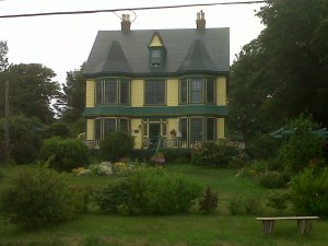 Lovely house where I stay, owned by Cathie and Ches!
