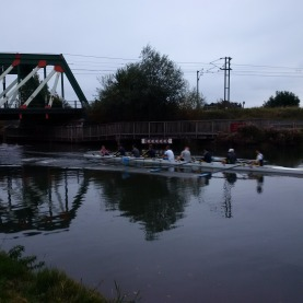 Cambridge Rowers out in the early morning!