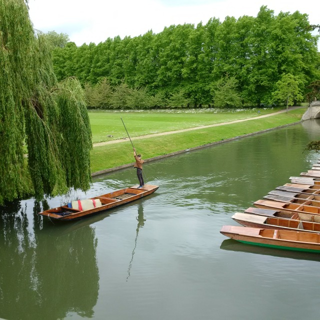 Punting on the Cambridge River!!