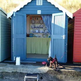 Beach Hut!!