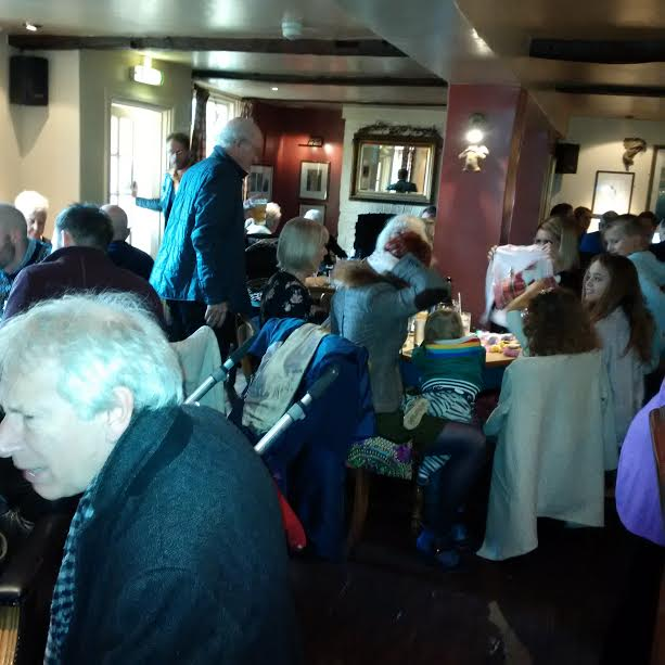 all-ages-pub-on-christmas-day