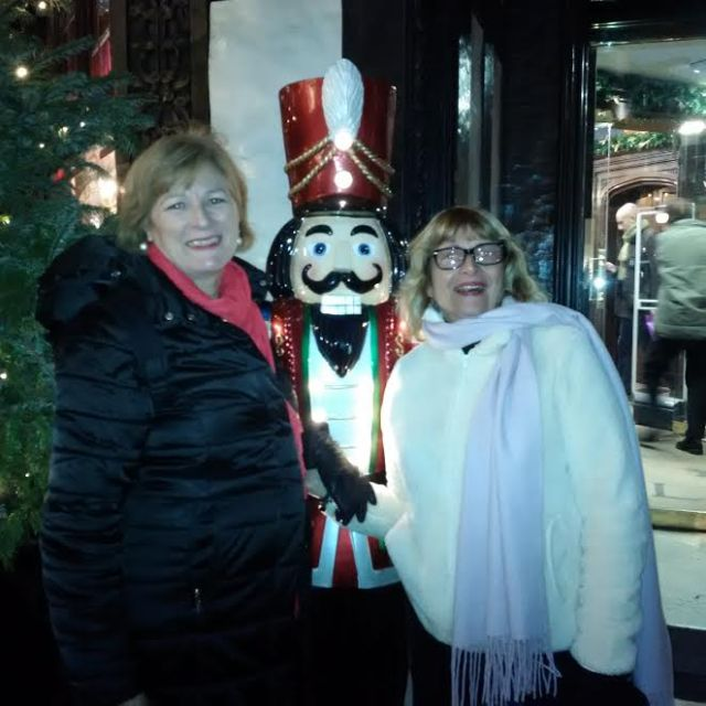 christmas-in-london-with-friend-rosamund-from-athens