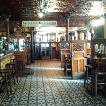 Iconic Crown Pub!