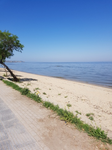 Where I am, at the sea!!